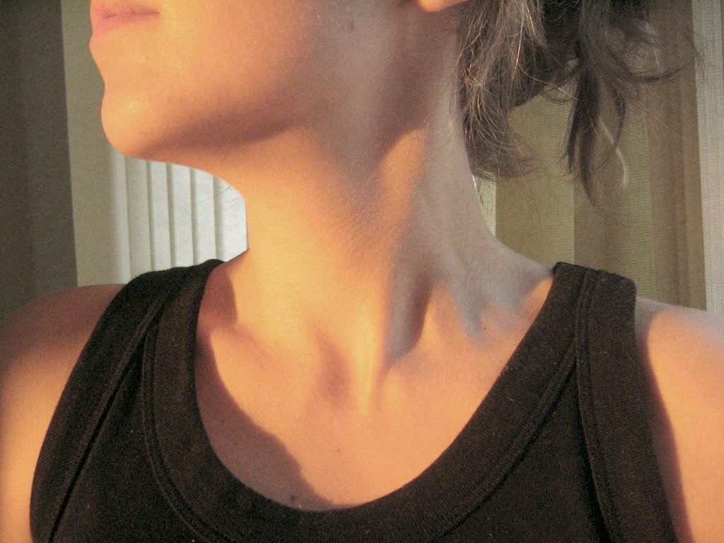Increased neck muscle tension when breathing.
